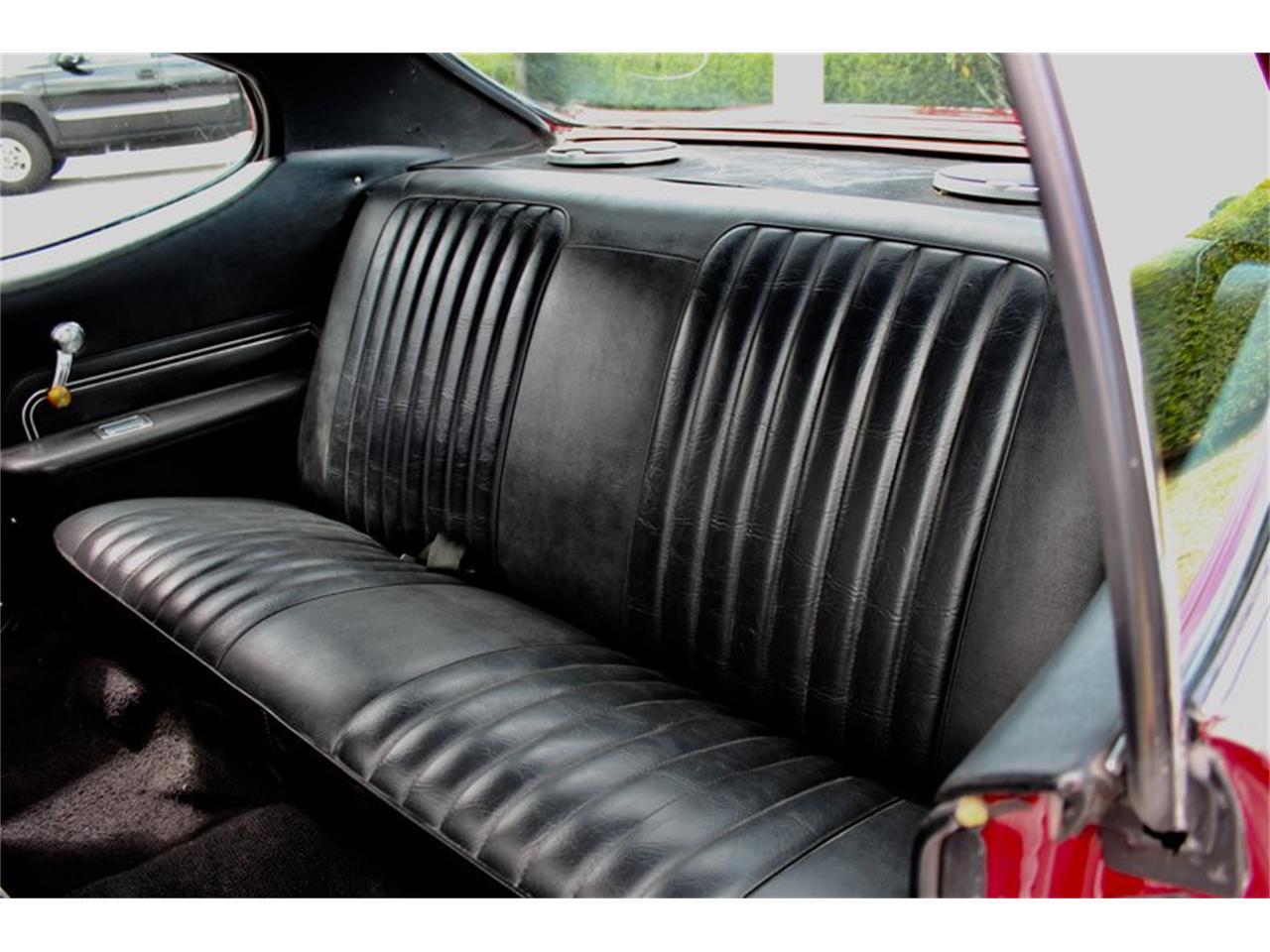 Large Picture of Classic 1972 Pontiac LeMans located in Sarasota Florida - PUAK
