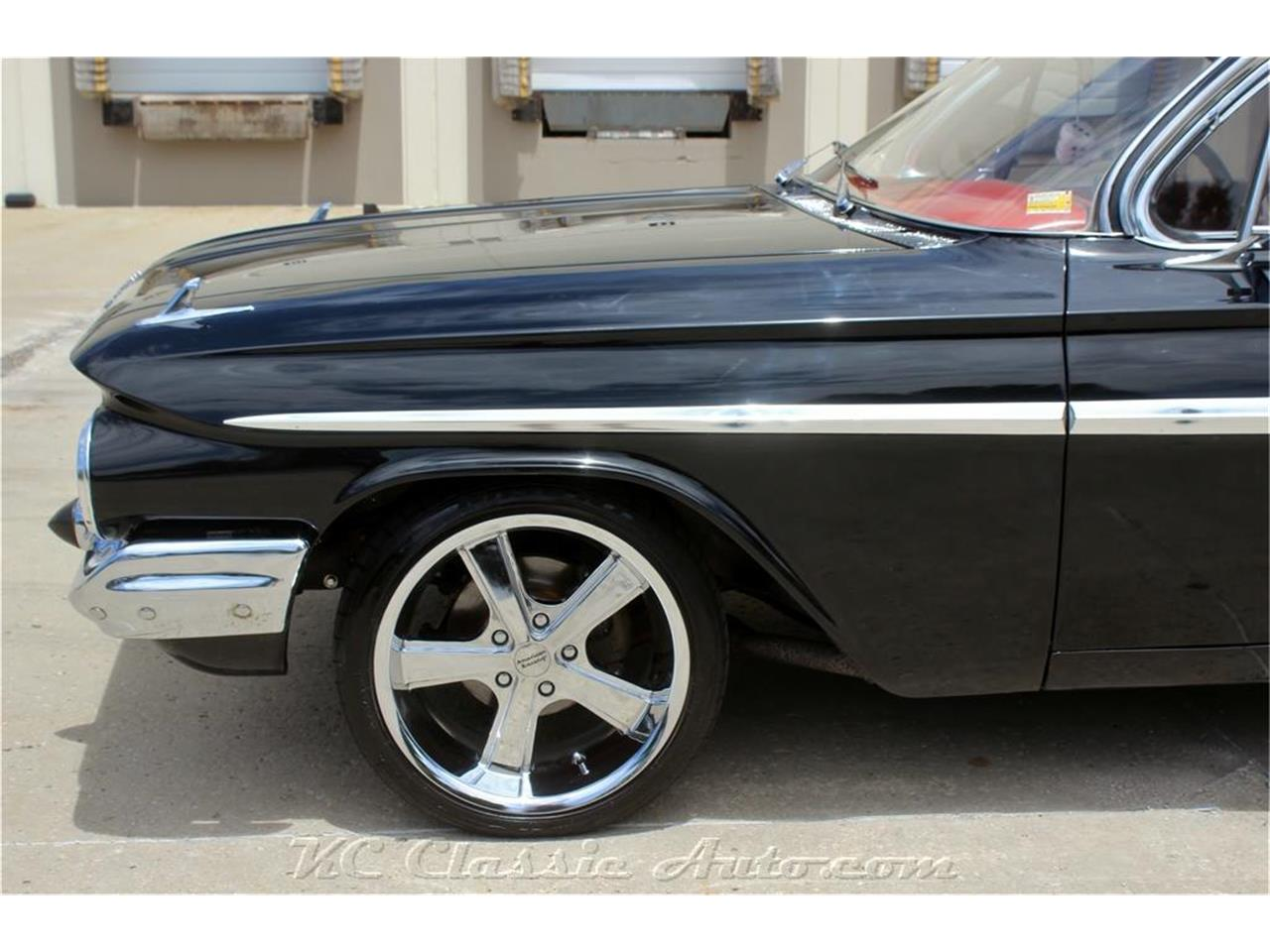 Large Picture of Classic '61 Impala - PUAS