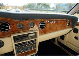 Picture of 1993 Rolls-Royce Silver Spur located in Torrance California - $29,500.00 - PUB8