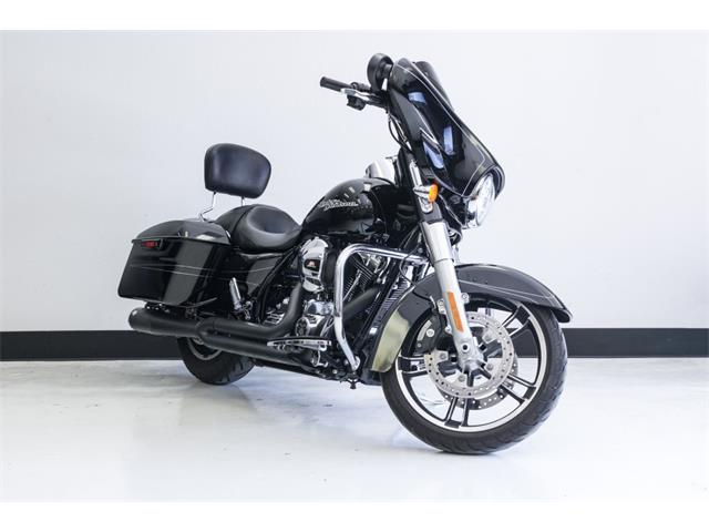 Picture of 2016 Harley-Davidson FLHXS - PUC5