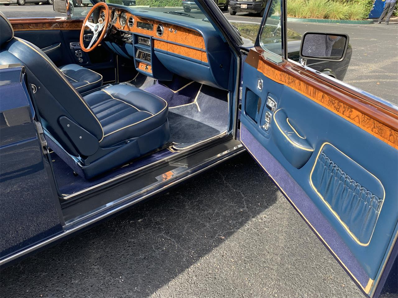 Large Picture of 1983 Rolls-Royce Corniche Offered by European Autobody, Inc. - PUCW