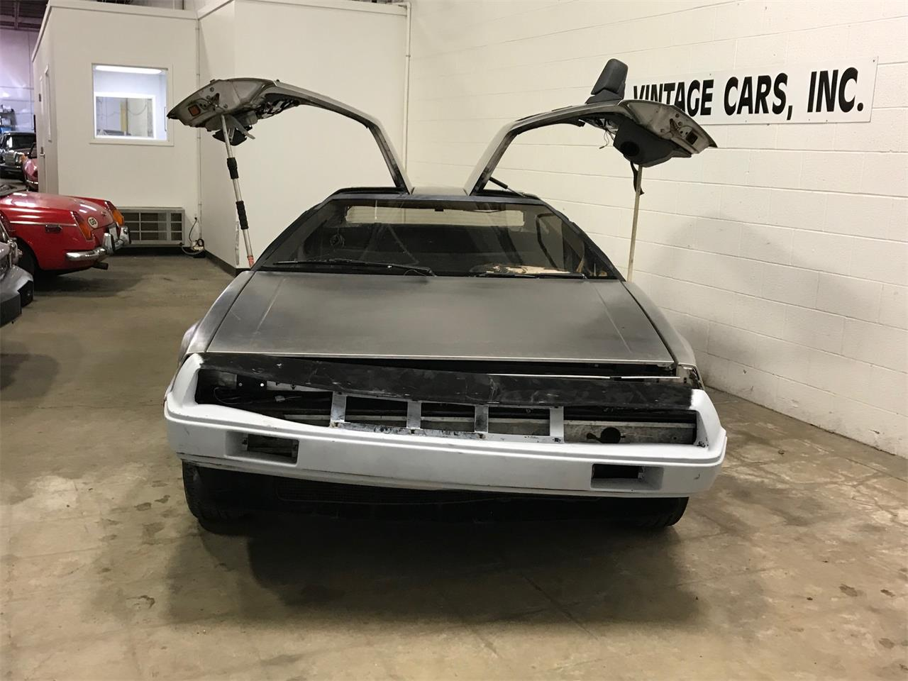 Large Picture of '81 DMC-12 - PUE9