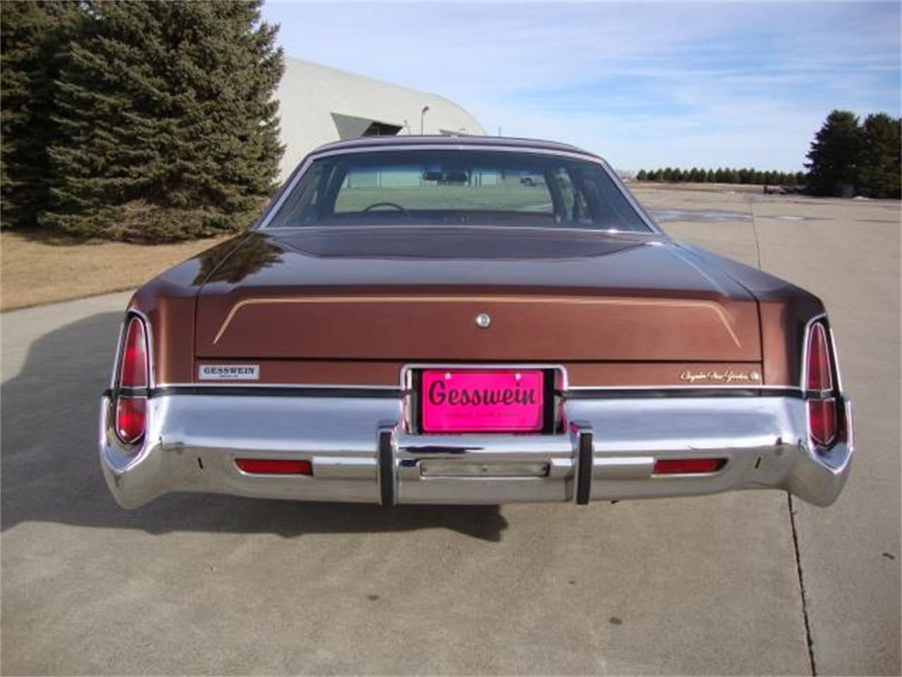 Large Picture of '77 New Yorker - $17,900.00 - PUEB