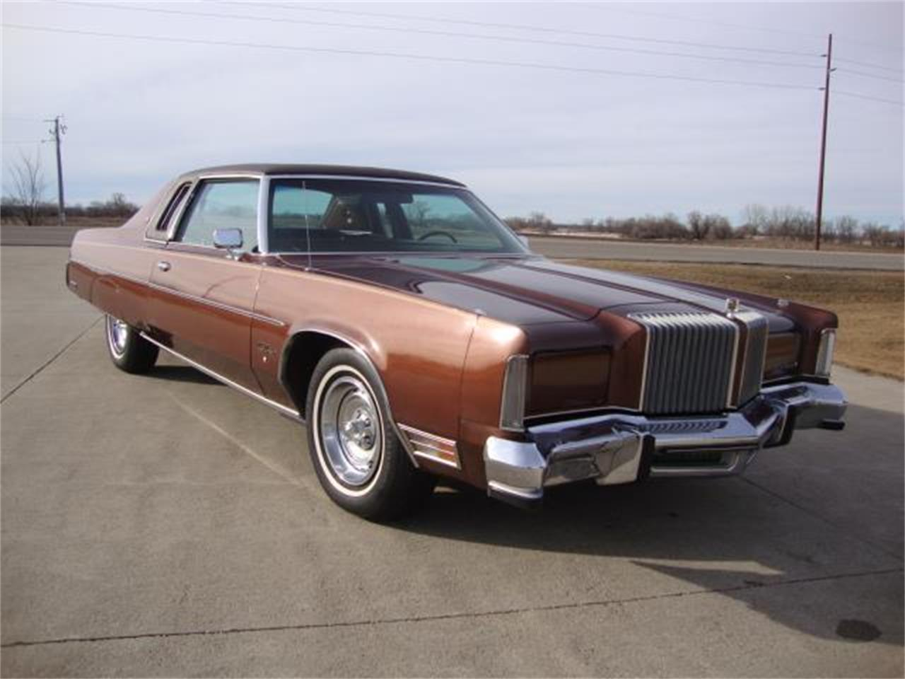 Large Picture of '77 New Yorker Offered by Gesswein Motors - PUEB