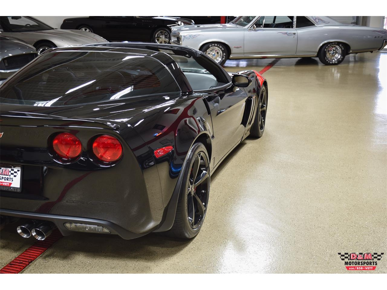 Large Picture of '10 Chevrolet Corvette located in Illinois - $37,995.00 Offered by D & M Motorsports - PUJ0