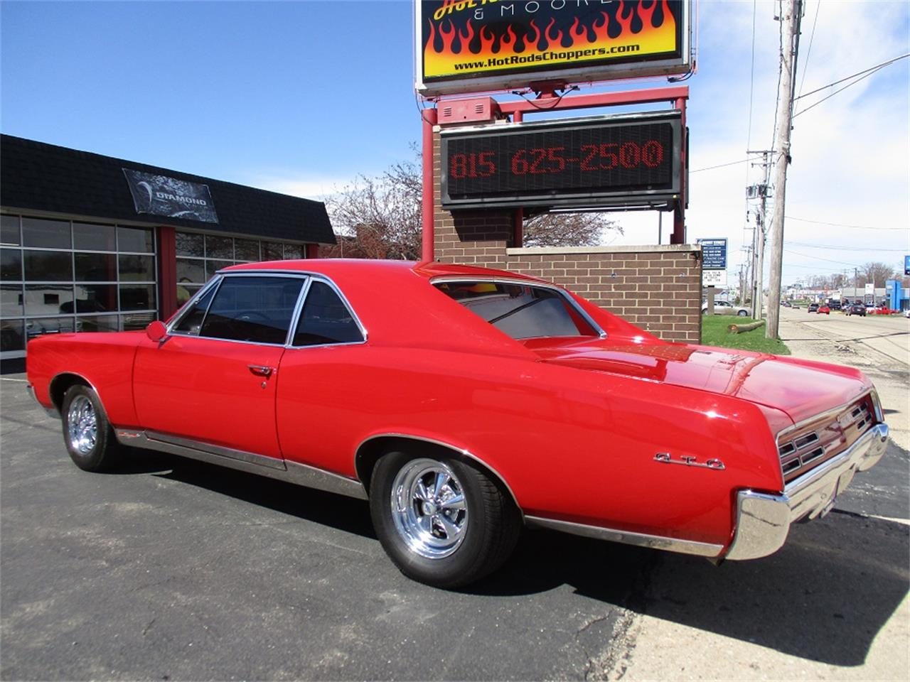 Large Picture of '67 GTO - PUOL