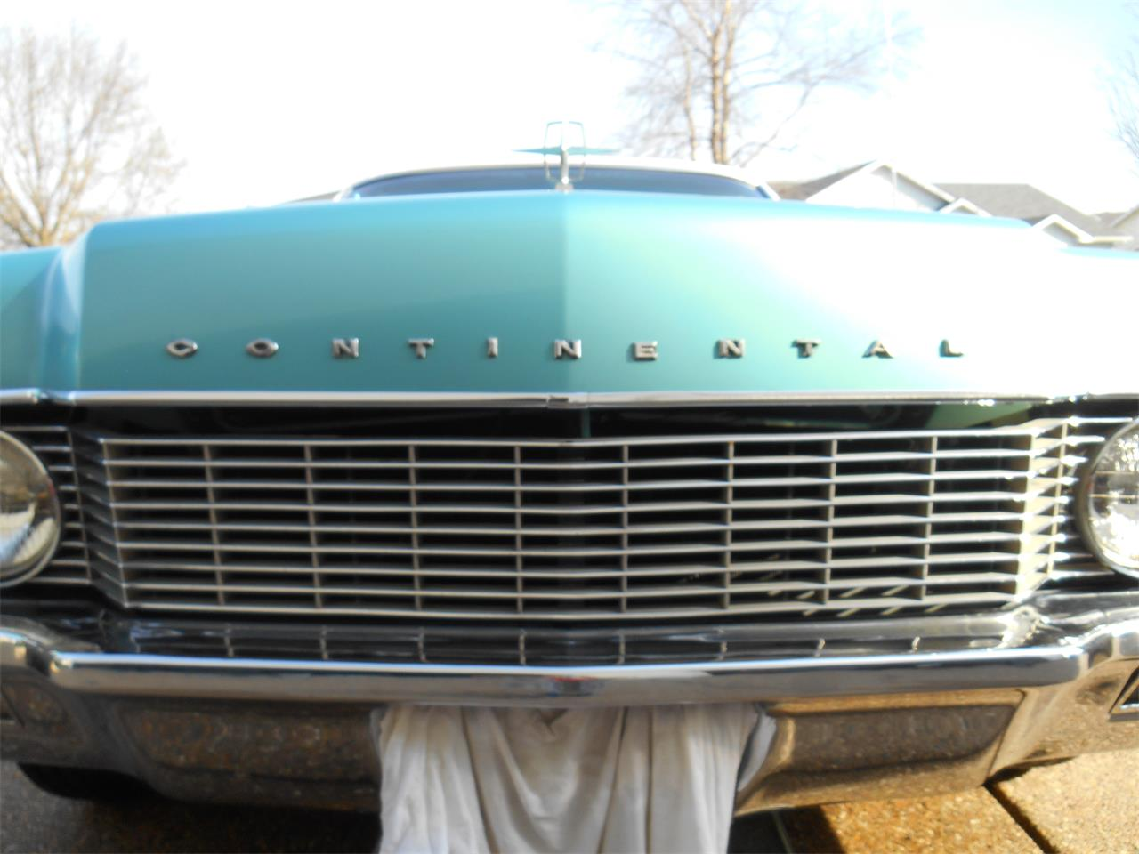 Large Picture of '66 Continental - PUOU