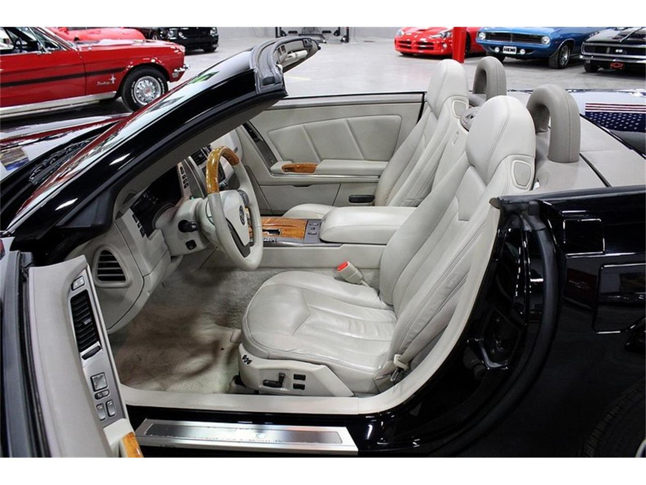 Large Picture of '04 Cadillac XLR located in Kentwood Michigan - $32,900.00 Offered by GR Auto Gallery - PUP2