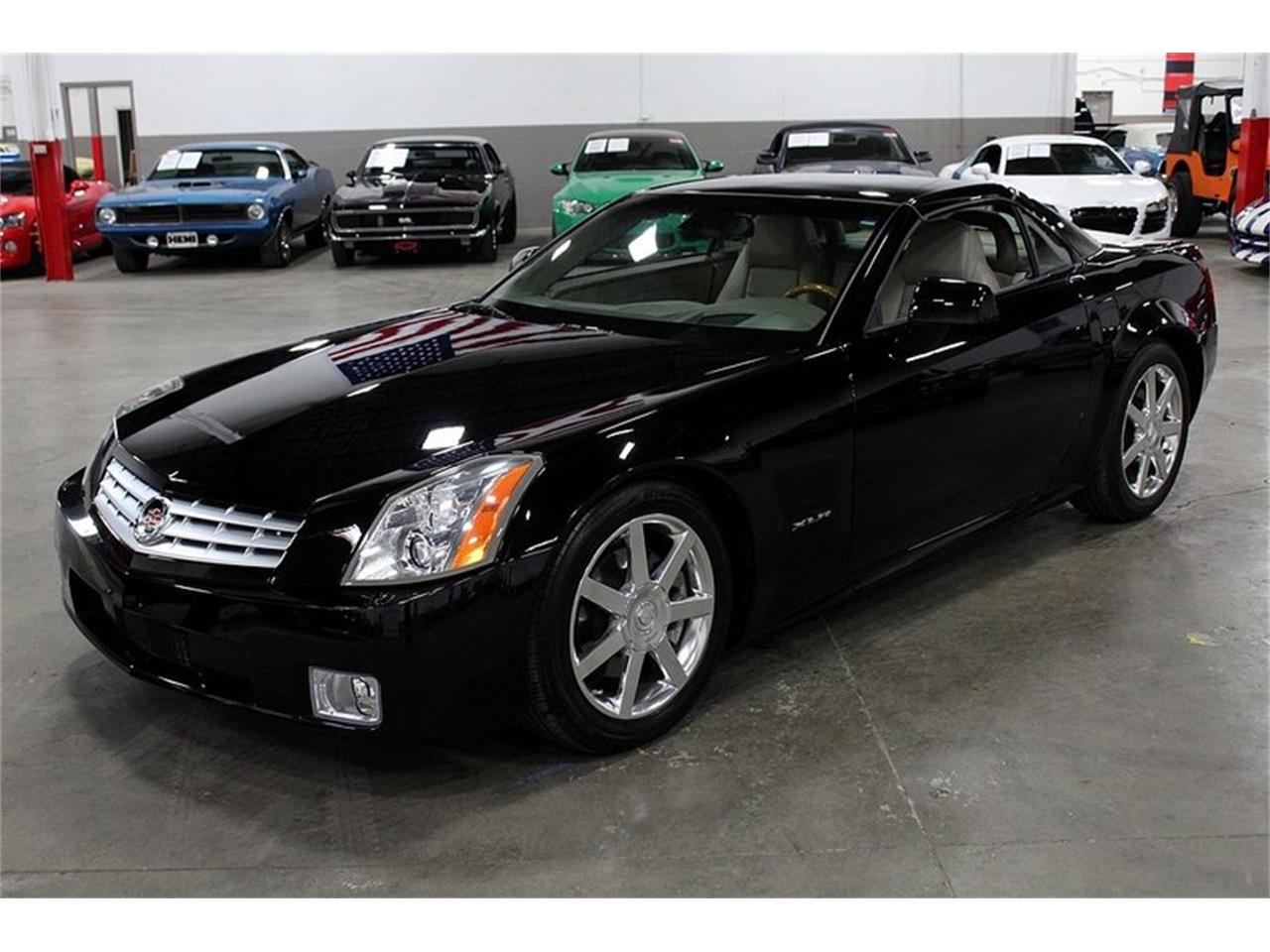 Large Picture of 2004 Cadillac XLR located in Michigan - $32,900.00 - PUP2