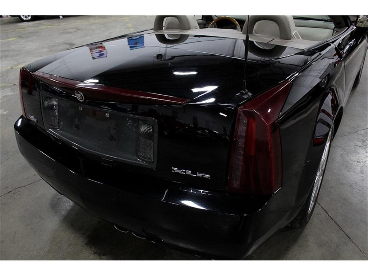 Large Picture of 2004 Cadillac XLR located in Kentwood Michigan - PUP2