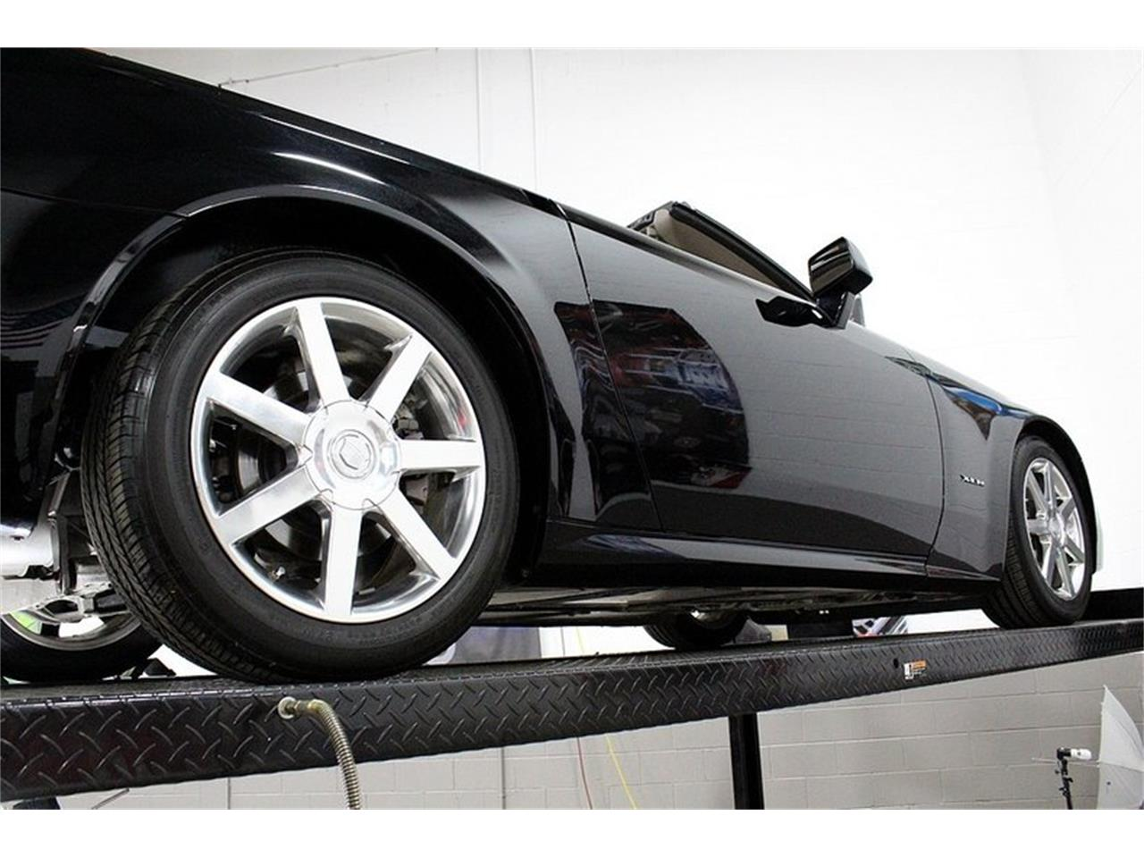 Large Picture of '04 Cadillac XLR located in Kentwood Michigan Offered by GR Auto Gallery - PUP2