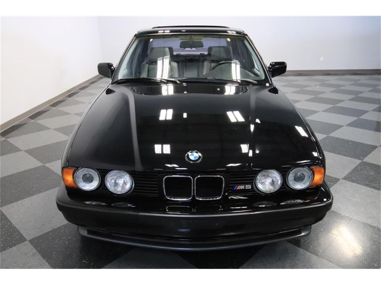 Large Picture of 1991 BMW M5 located in Arizona - PUPZ