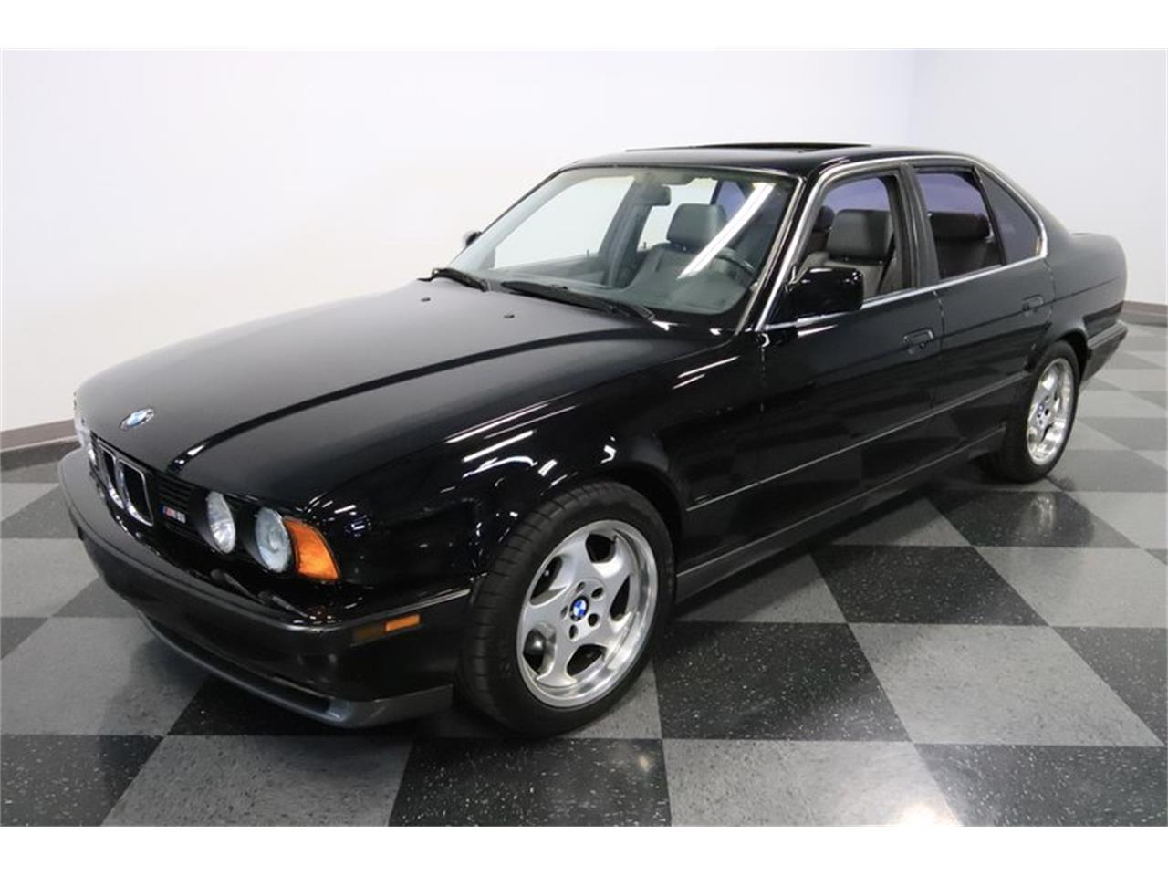 Large Picture of '91 M5 located in Arizona - $31,995.00 Offered by Streetside Classics - Phoenix - PUPZ
