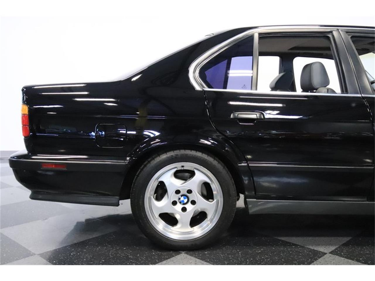 Large Picture of '91 M5 Offered by Streetside Classics - Phoenix - PUPZ