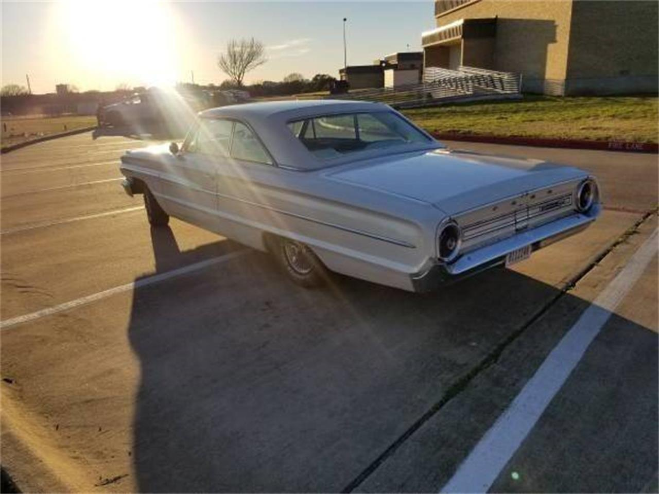 Large Picture of Classic 1964 Ford Galaxie - PUQN