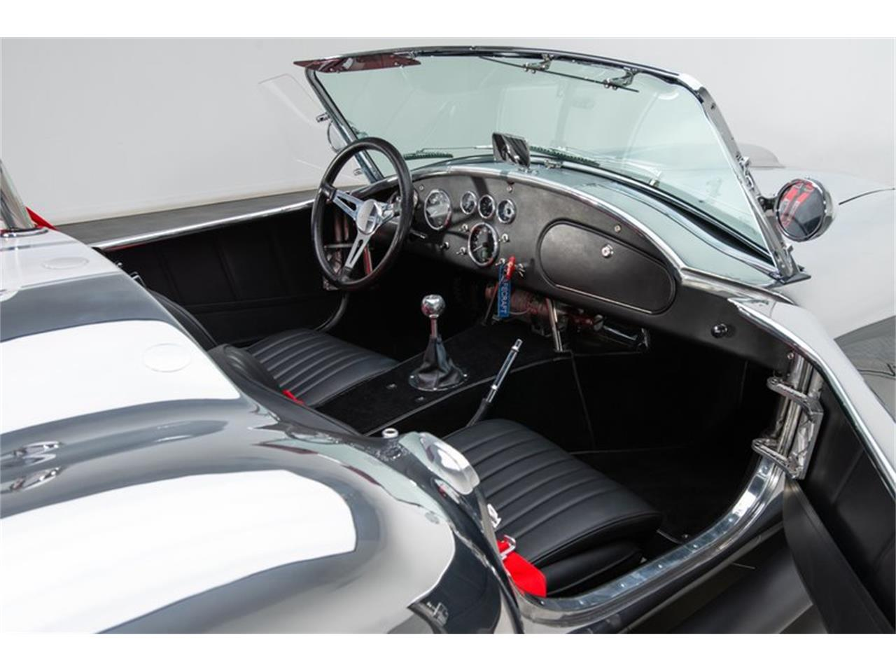 Large Picture of 1965 Cobra - PUR4