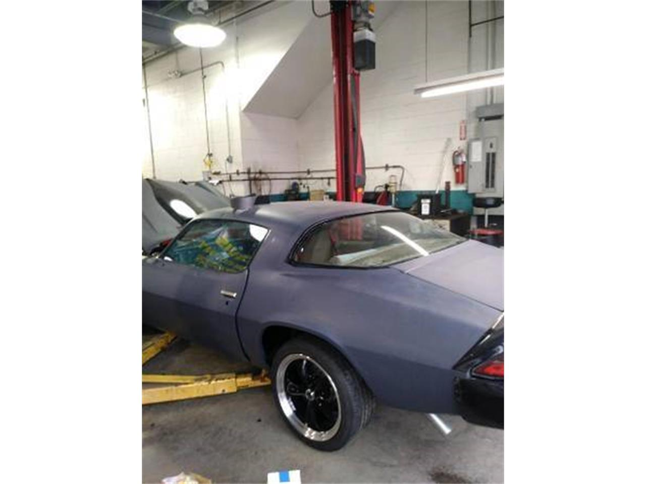 Large Picture of '80 Camaro - PUR5