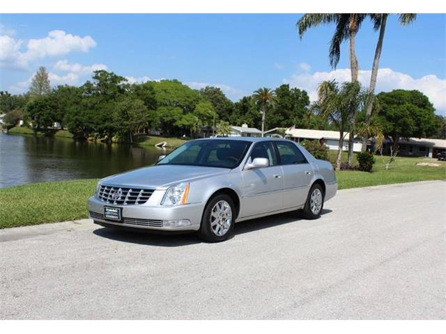 Picture of '09 Cadillac DTS located in Florida Offered by  - PUT8