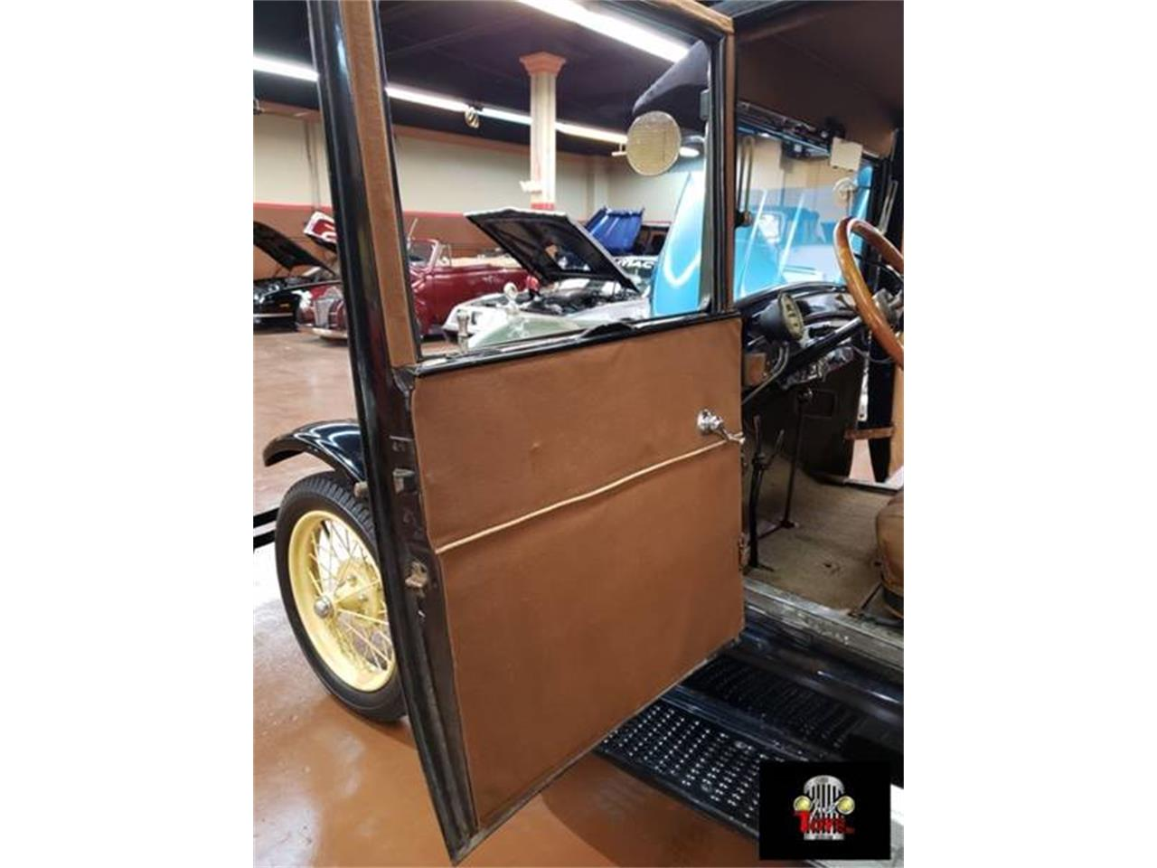 Large Picture of Classic 1927 Ford Model T - $17,995.00 - PUTH