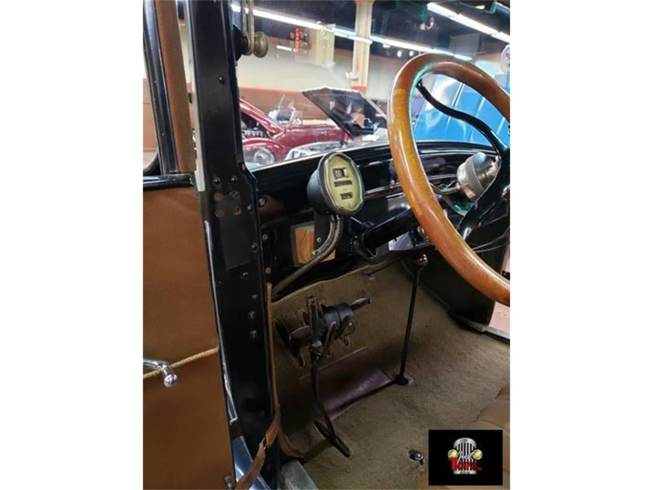 Large Picture of Classic 1927 Model T - $17,995.00 - PUTH
