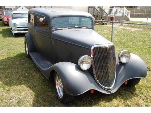 1932 to 1934 Ford Sedan for Sale on ClassicCars com on ClassicCars com