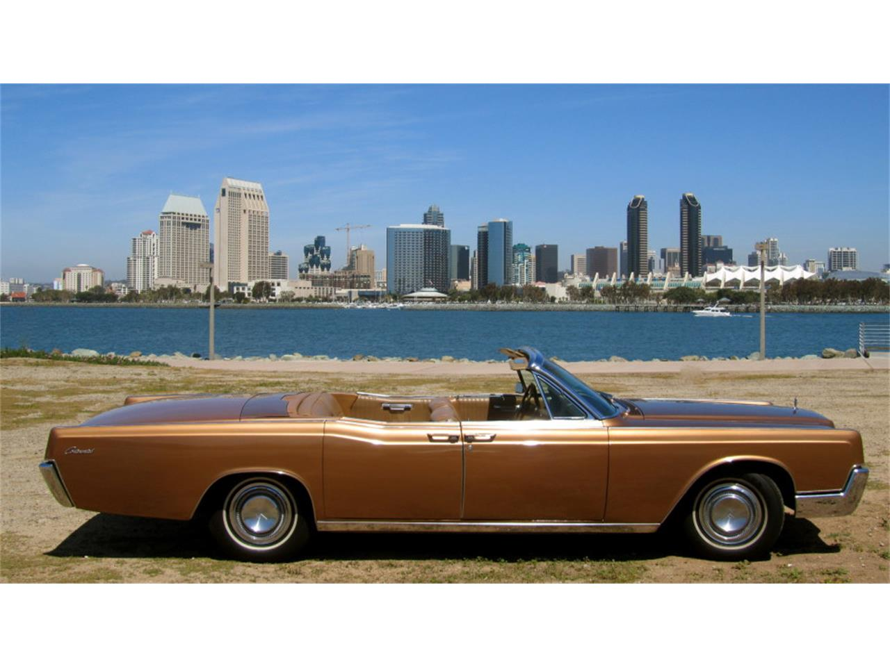 Large Picture of Classic 1967 Continental - $45,000.00 - PUYH