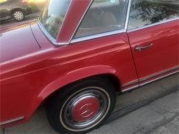 Picture of Classic '69 Mercedes-Benz 280SL - $81,500.00 Offered by a Private Seller - PUZ0