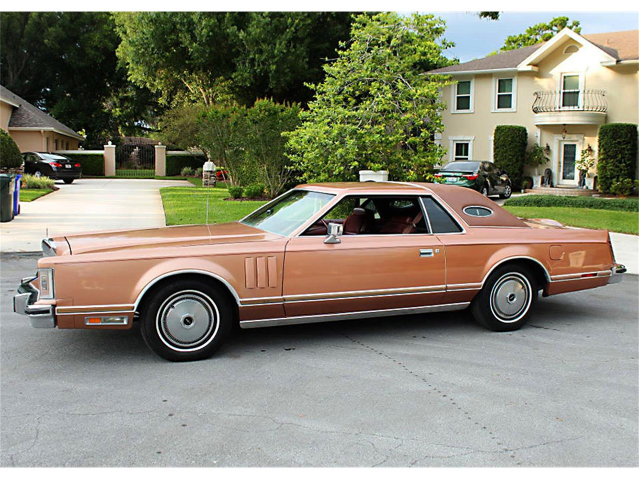 Large Picture of '78 Lincoln Mark V located in Florida - $16,500.00 Offered by MJC Classic Cars - PUZN