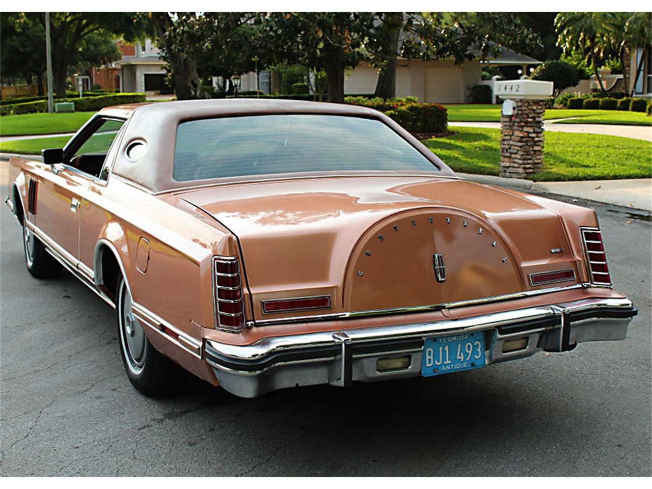 Large Picture of 1978 Lincoln Mark V located in Florida - PUZN