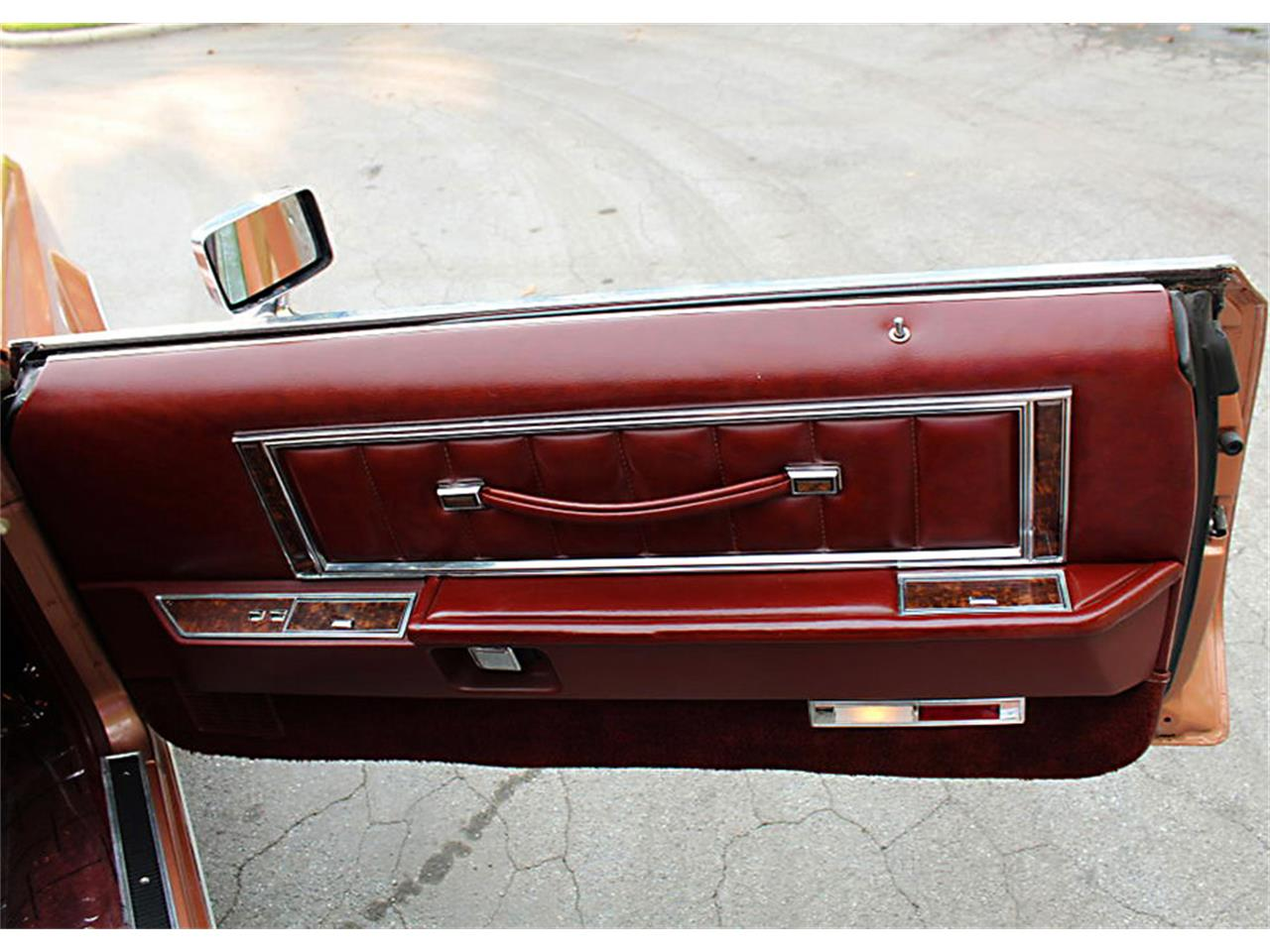 Large Picture of '78 Lincoln Mark V located in Lakeland Florida - PUZN