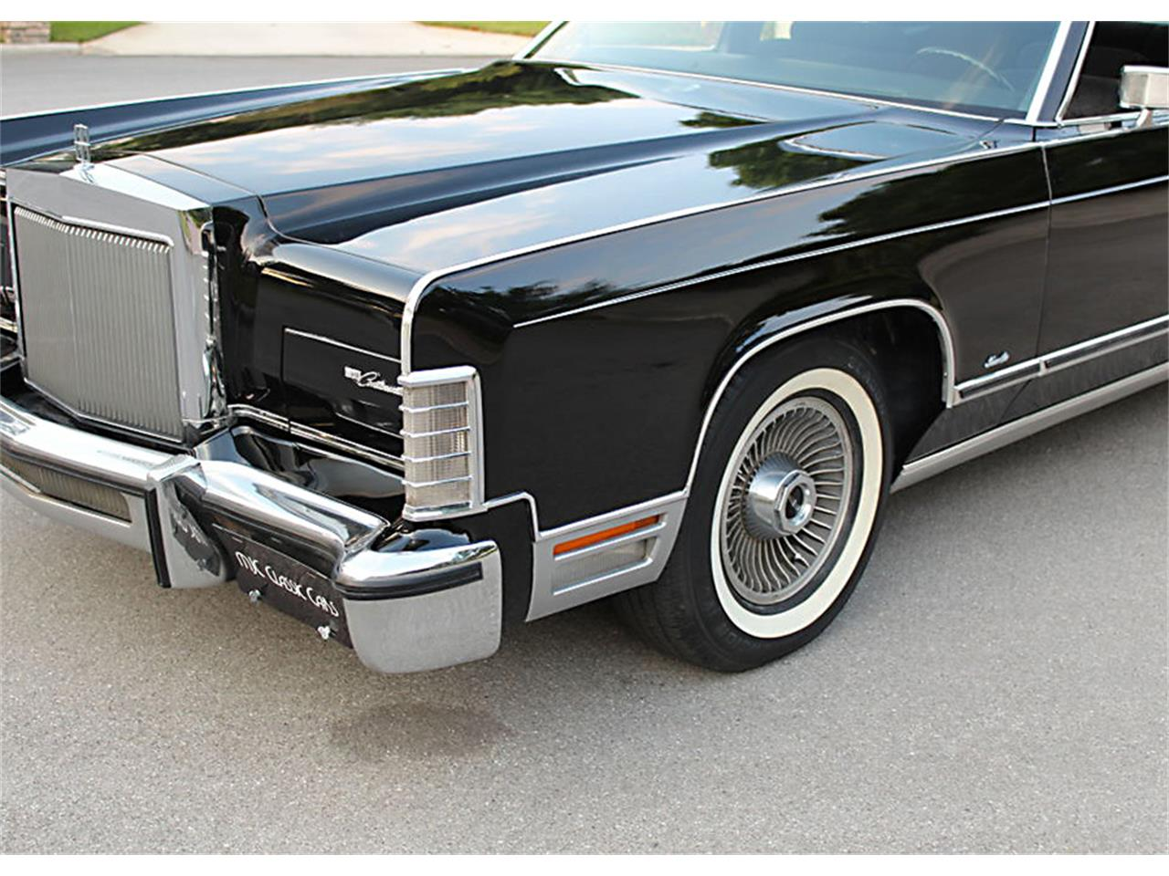 Large Picture of '77 Town Car - PUZS