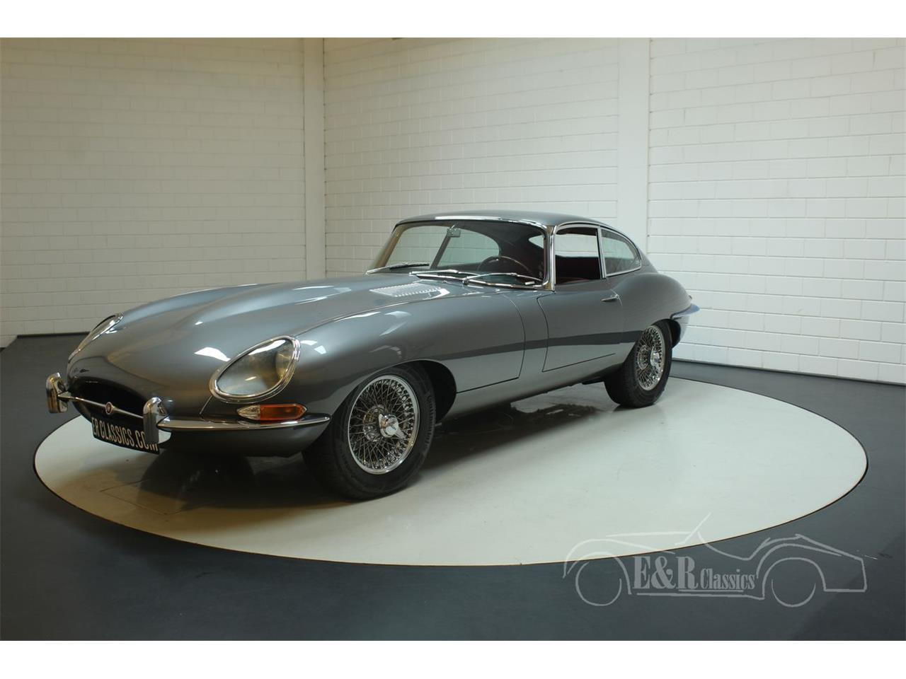 Large Picture of '61 E-Type - PV4A