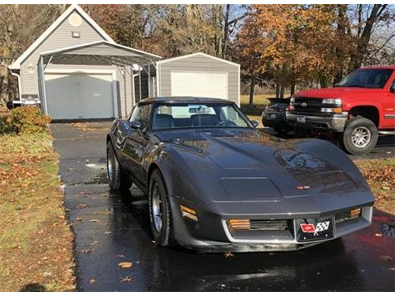 Large Picture of '82 Chevrolet Corvette - PV4G