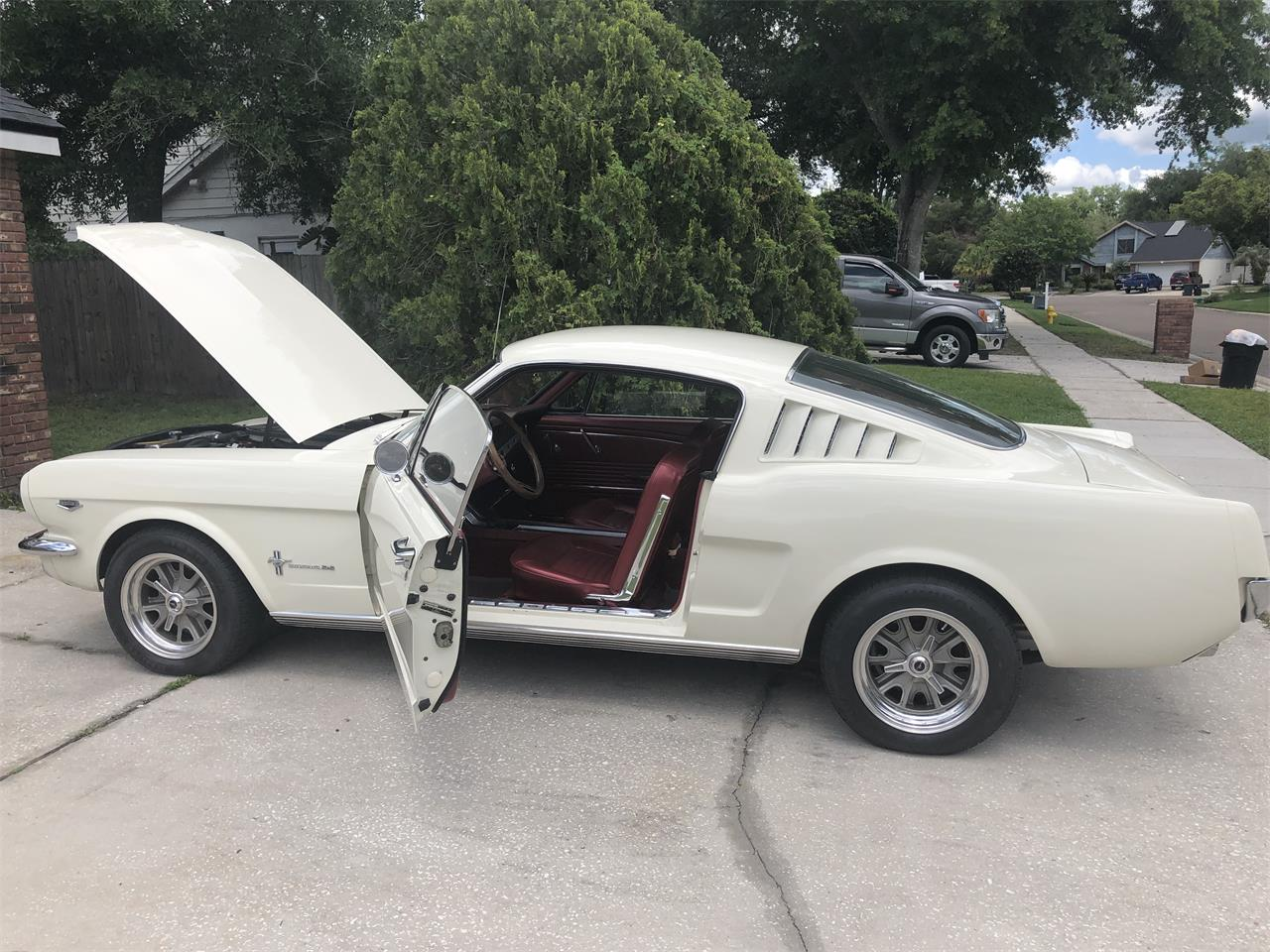 Large Picture of Classic 1966 Ford Mustang located in North Carolina - PV56