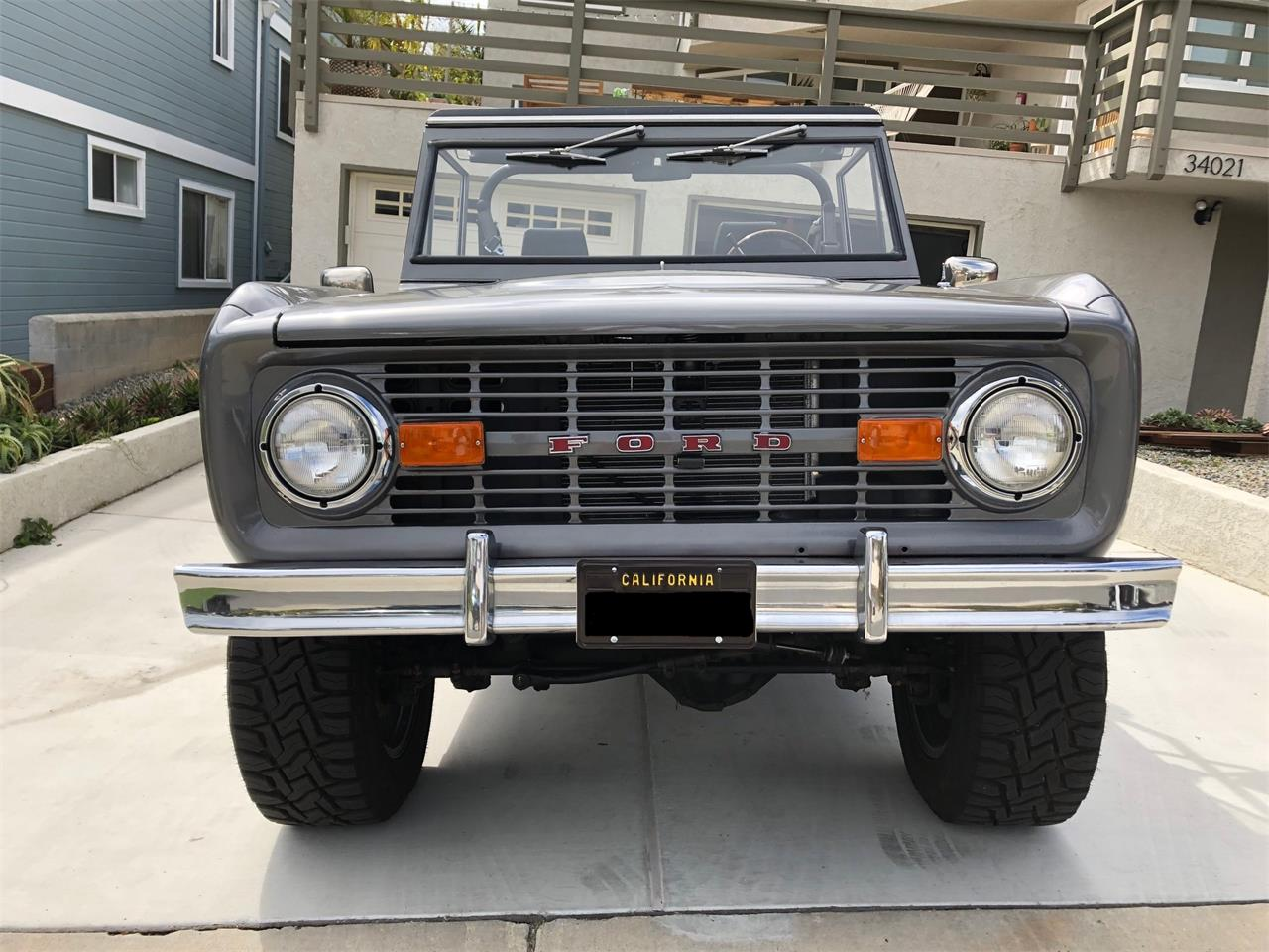 Large Picture of '76 Bronco - PV5O