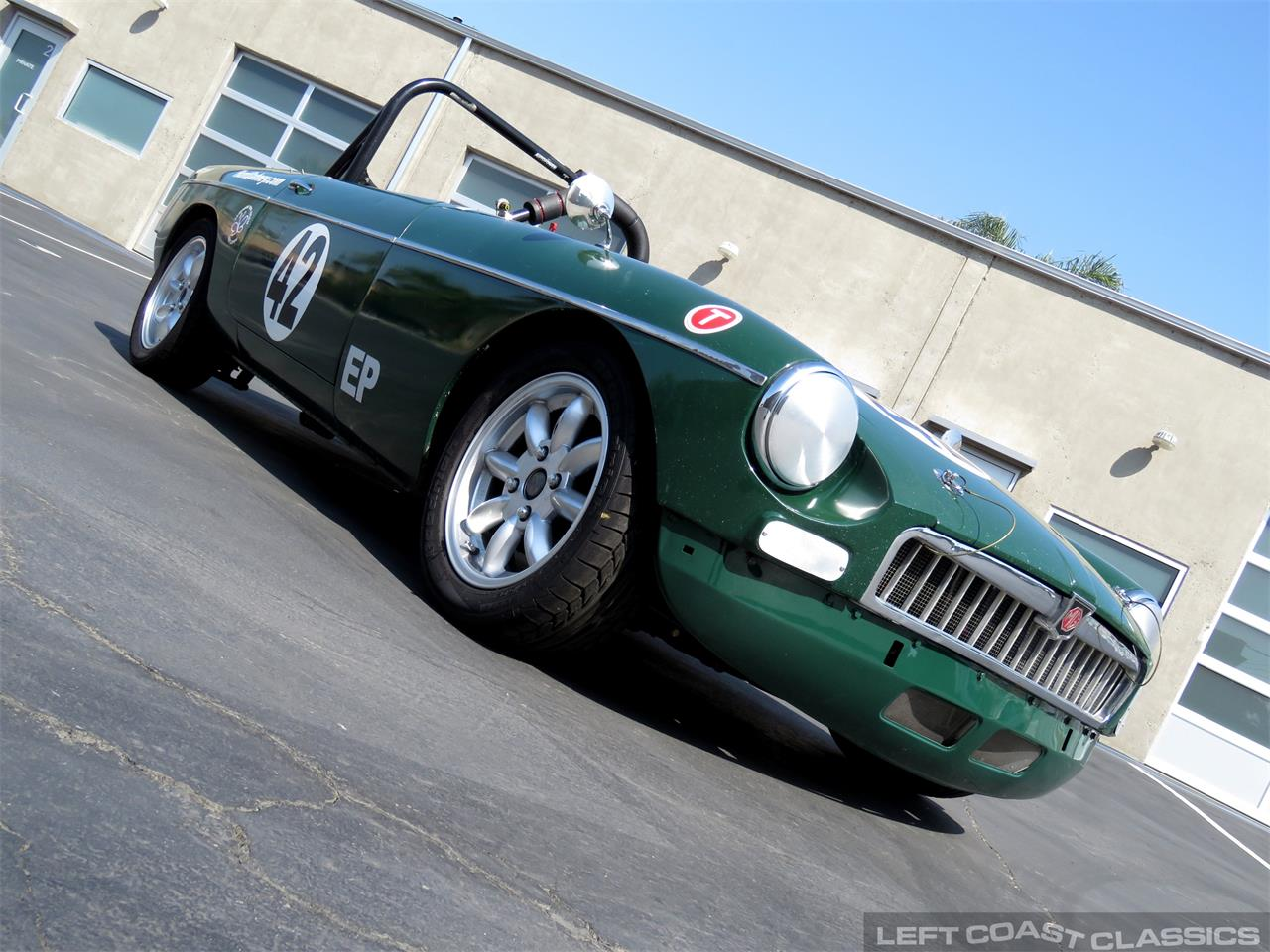 Large Picture of '65 MGB - PV5W