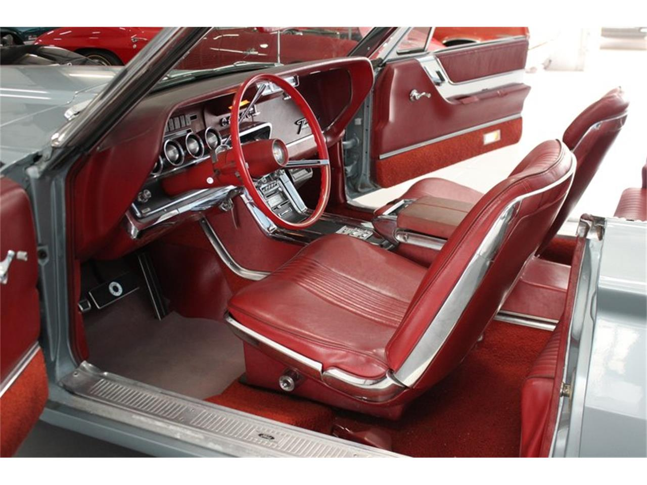 Large Picture of '65 Thunderbird - PV7C