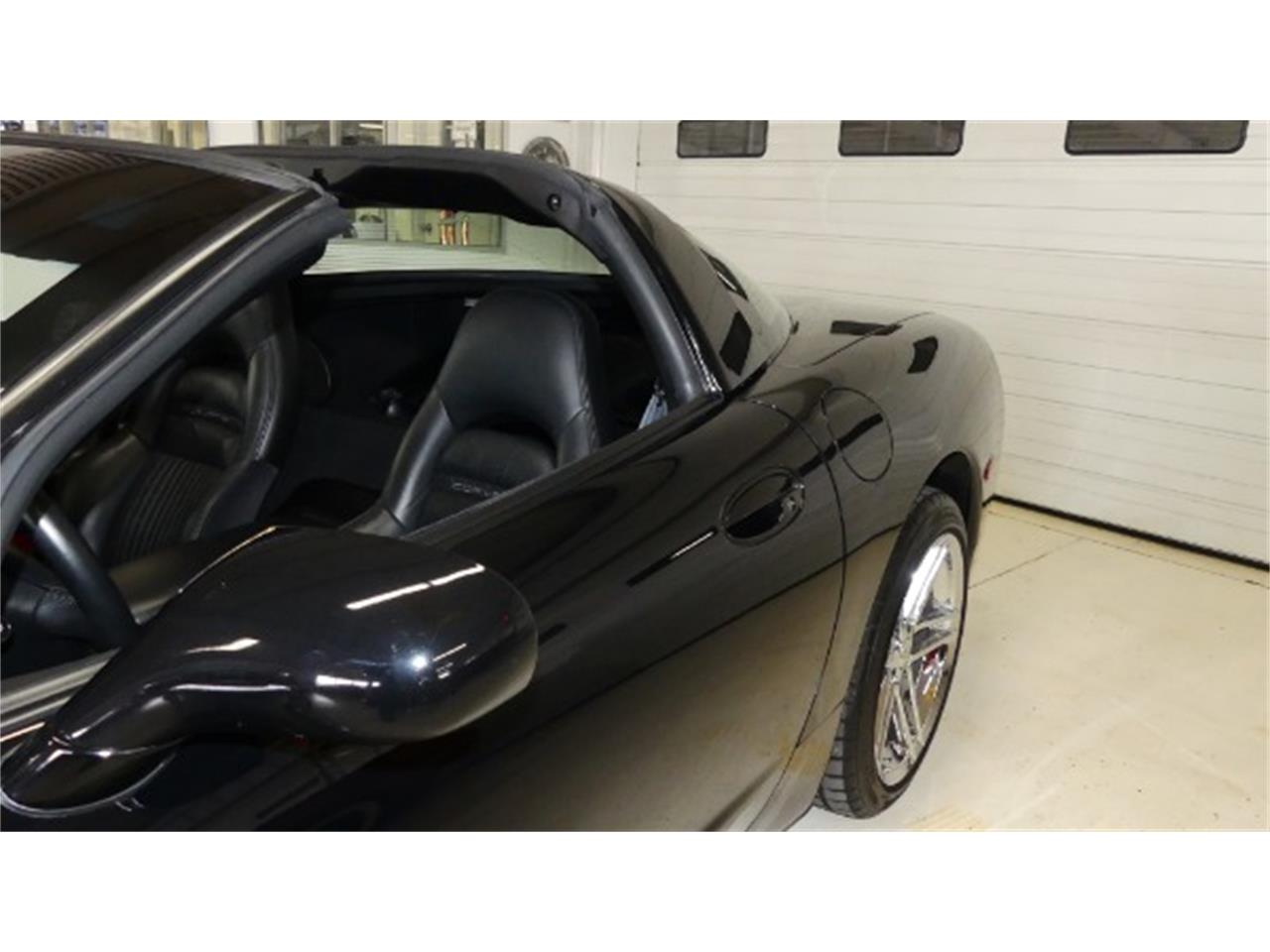 Large Picture of '98 Corvette located in Columbus Ohio - $18,995.00 Offered by Cruisin Classics - PV85