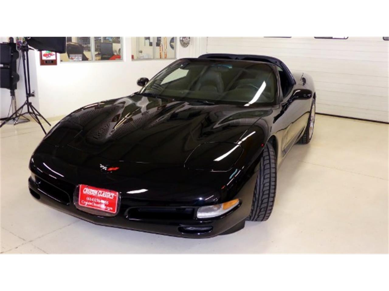 Large Picture of '98 Corvette - PV85