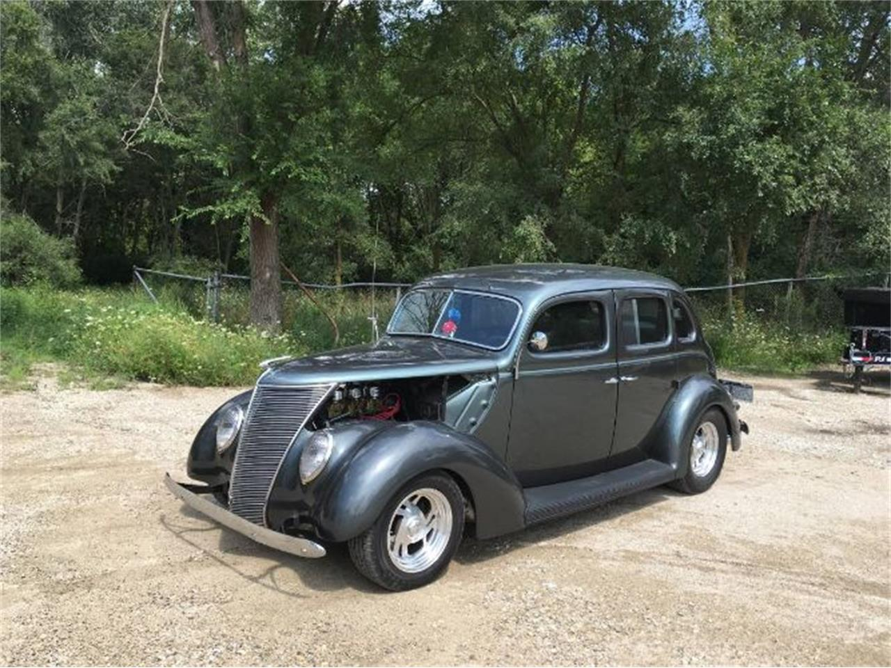 Large Picture of '37 Deluxe Offered by Classic Car Deals - PVB9