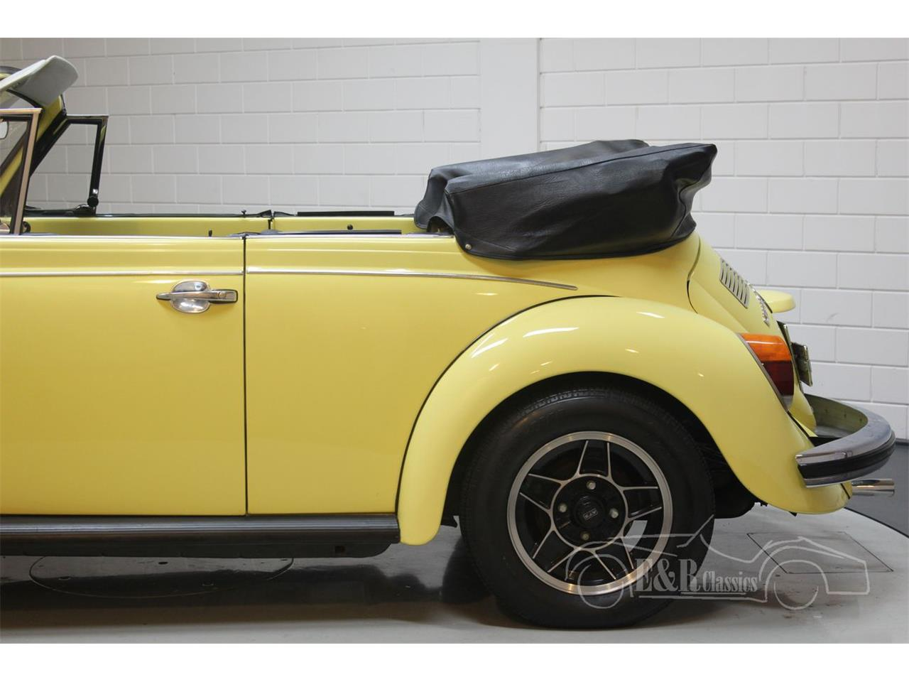 Large Picture of '75 Beetle - PVBJ