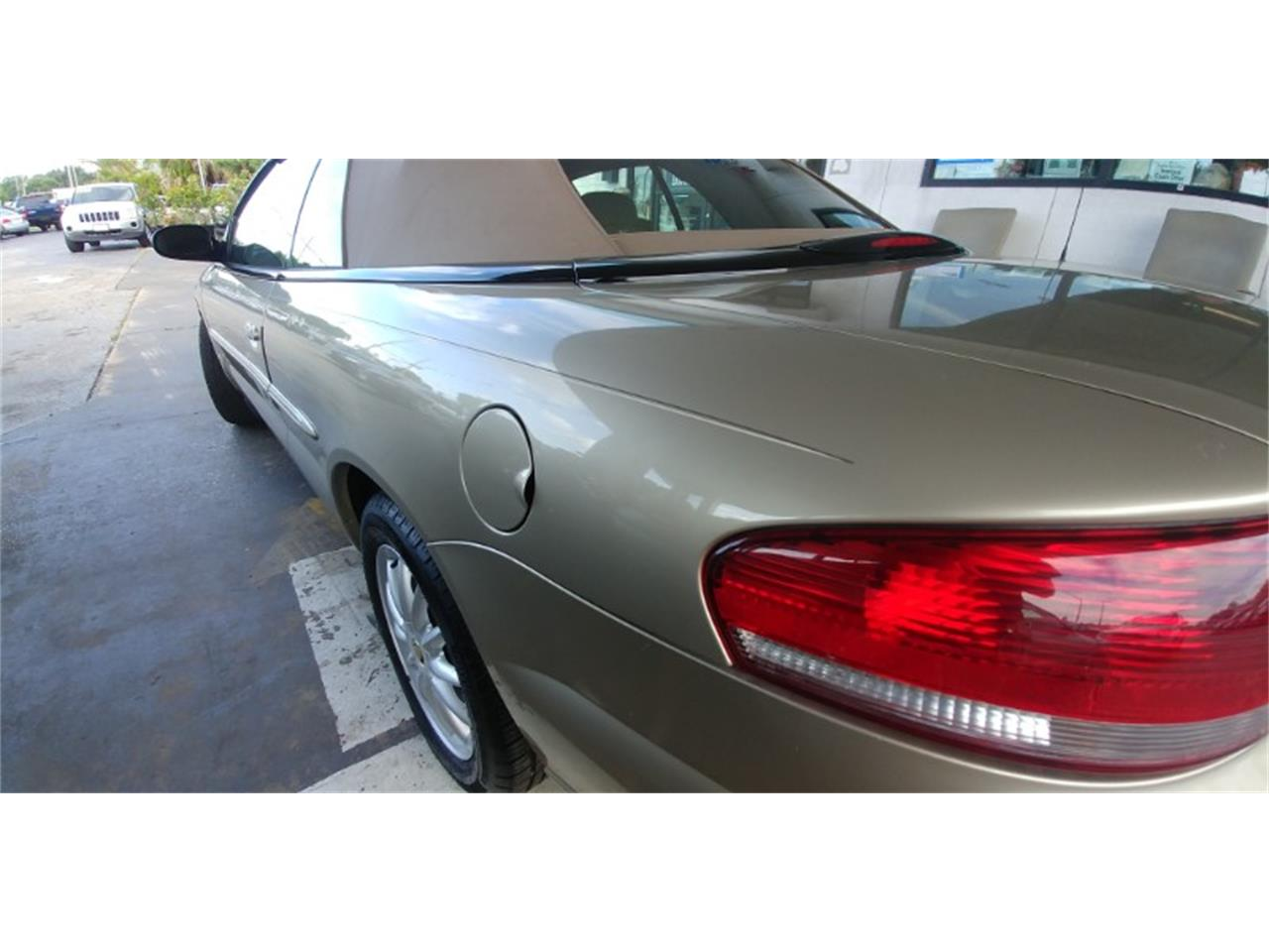 Large Picture of 2002 Sebring located in Florida Offered by Seth Lee Auto Sales - PVE5