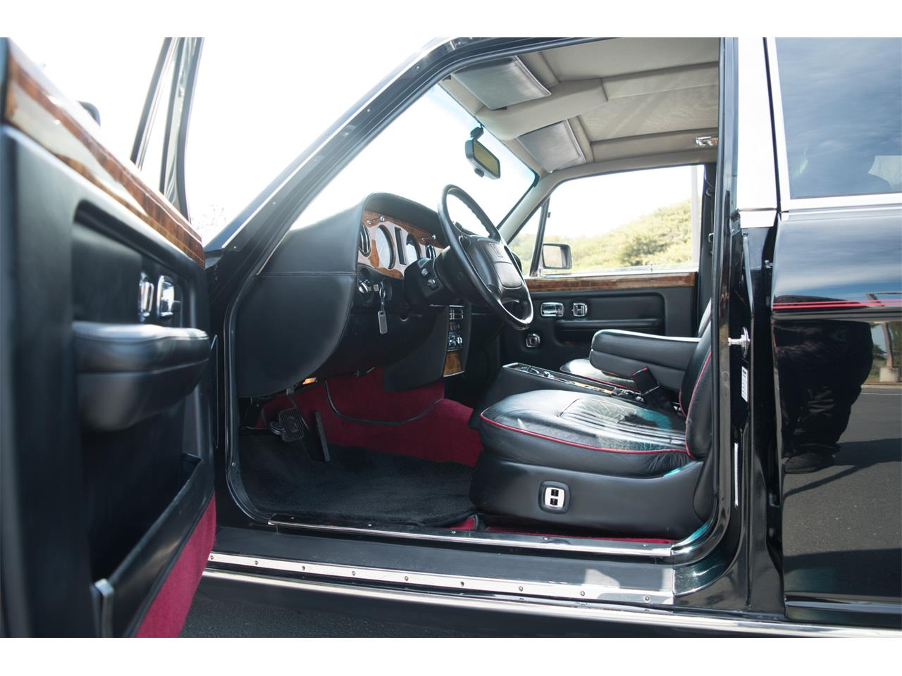 Large Picture of '93 Silver Spur - $23,990.00 - PVJO