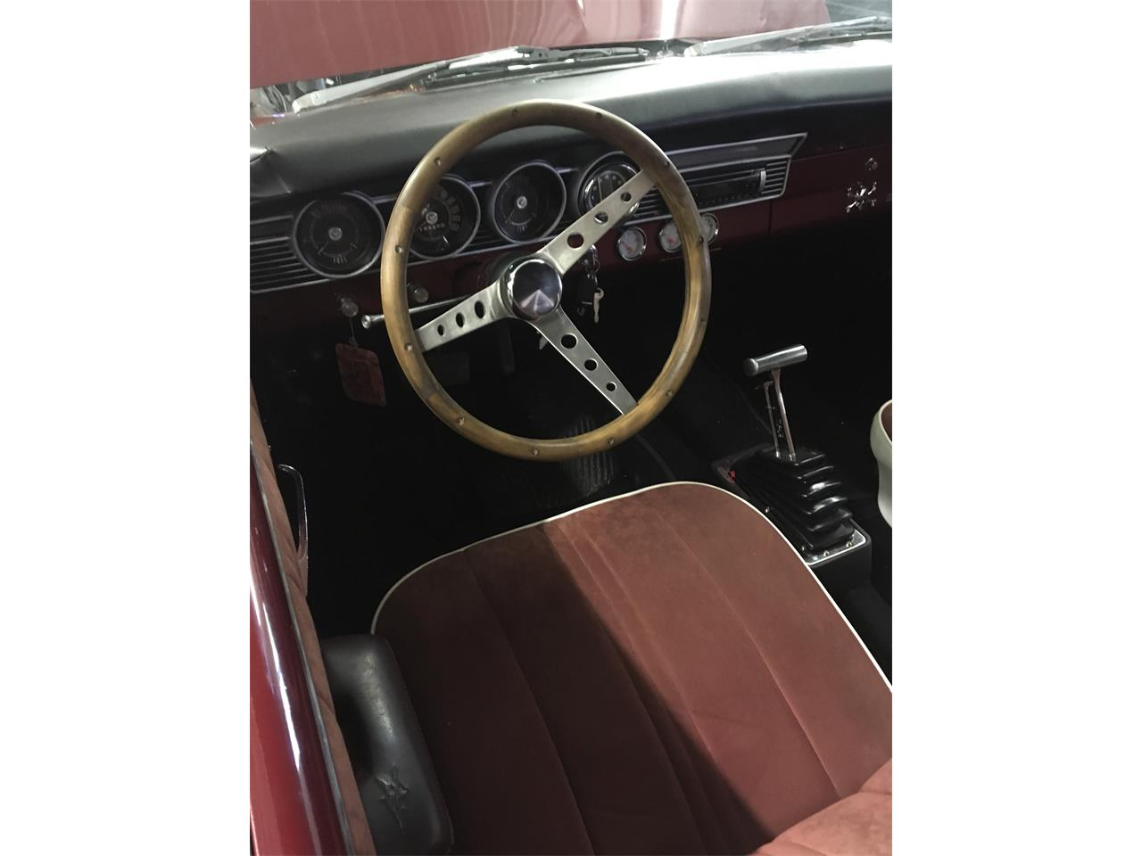 Large Picture of Classic 1967 Comet - PVL1