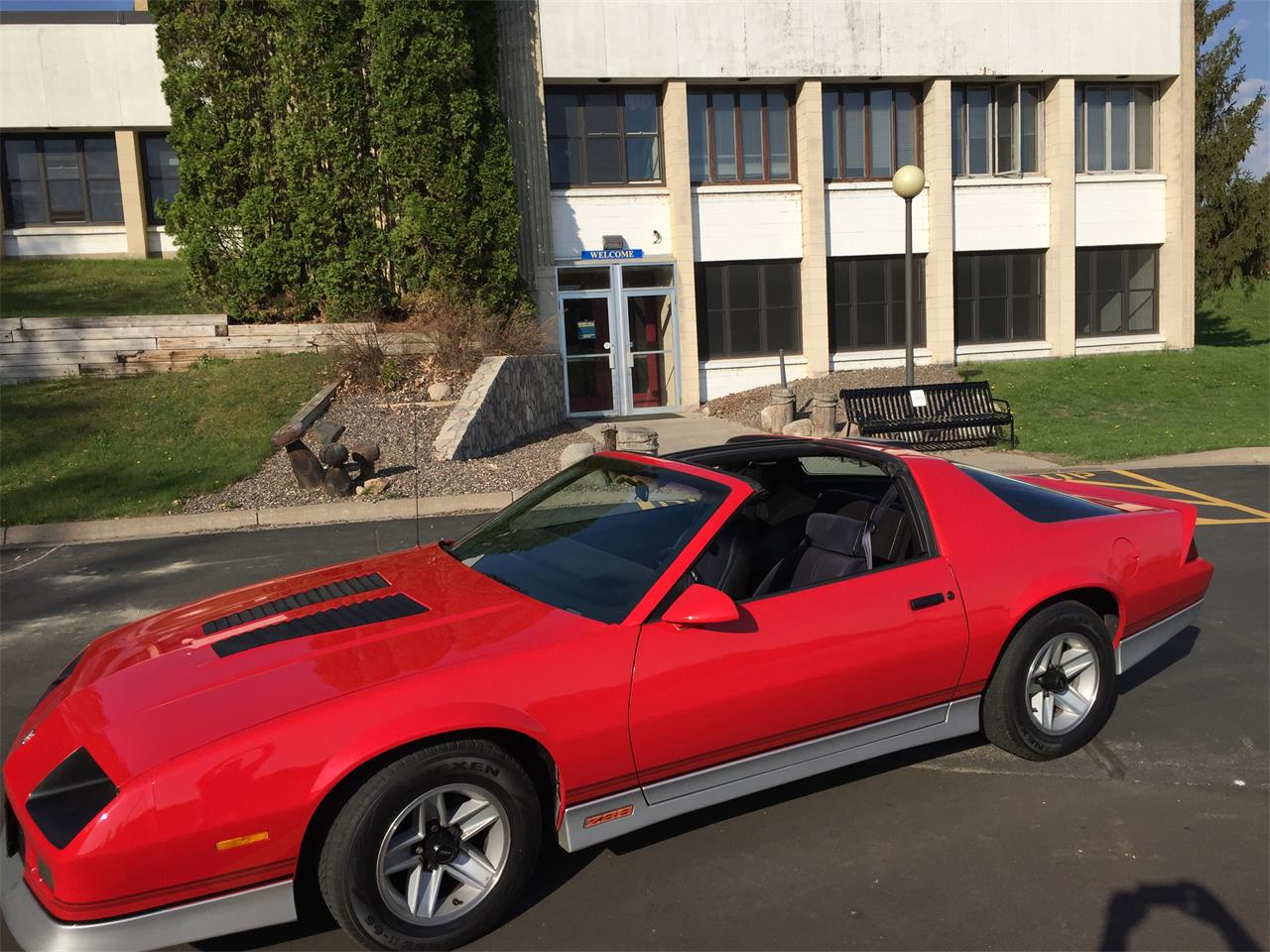 Large Picture of '86 Camaro Z28 - PVNG
