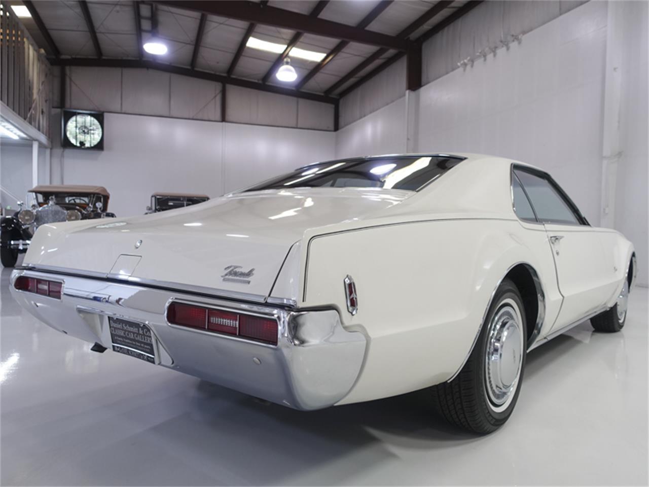 Large Picture of '69 Toronado - PVNO