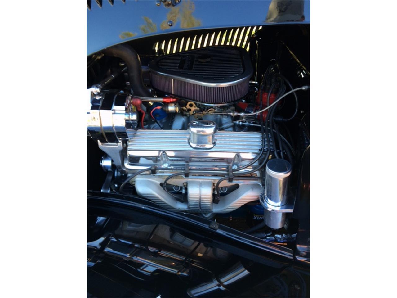 Large Picture of '33 Sedan - PVO3