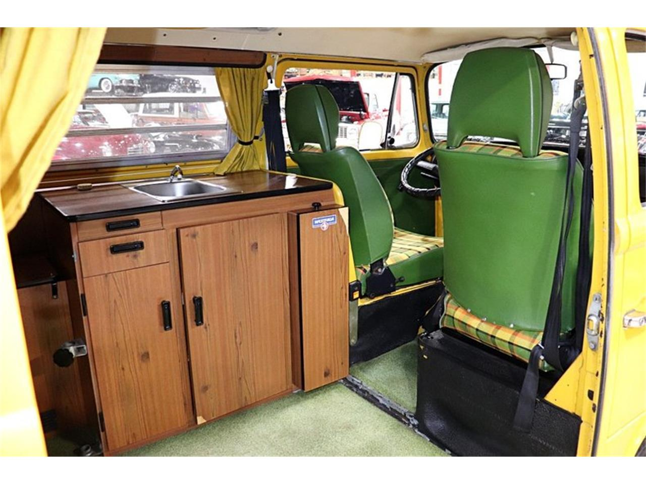 Large Picture of '76 Volkswagen Westfalia Camper located in Michigan - $28,900.00 Offered by GR Auto Gallery - PVOS