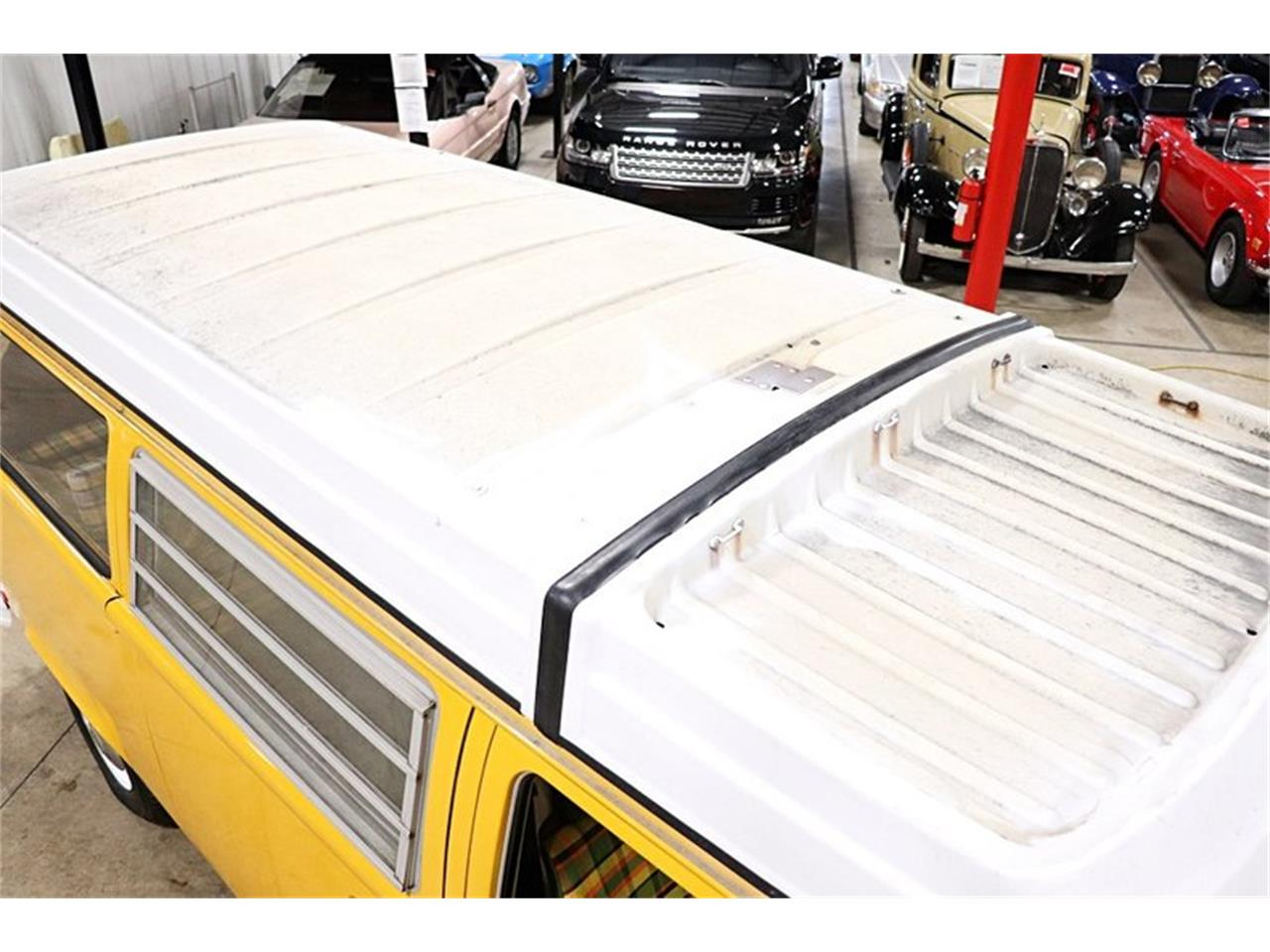 Large Picture of '76 Volkswagen Westfalia Camper Offered by GR Auto Gallery - PVOS