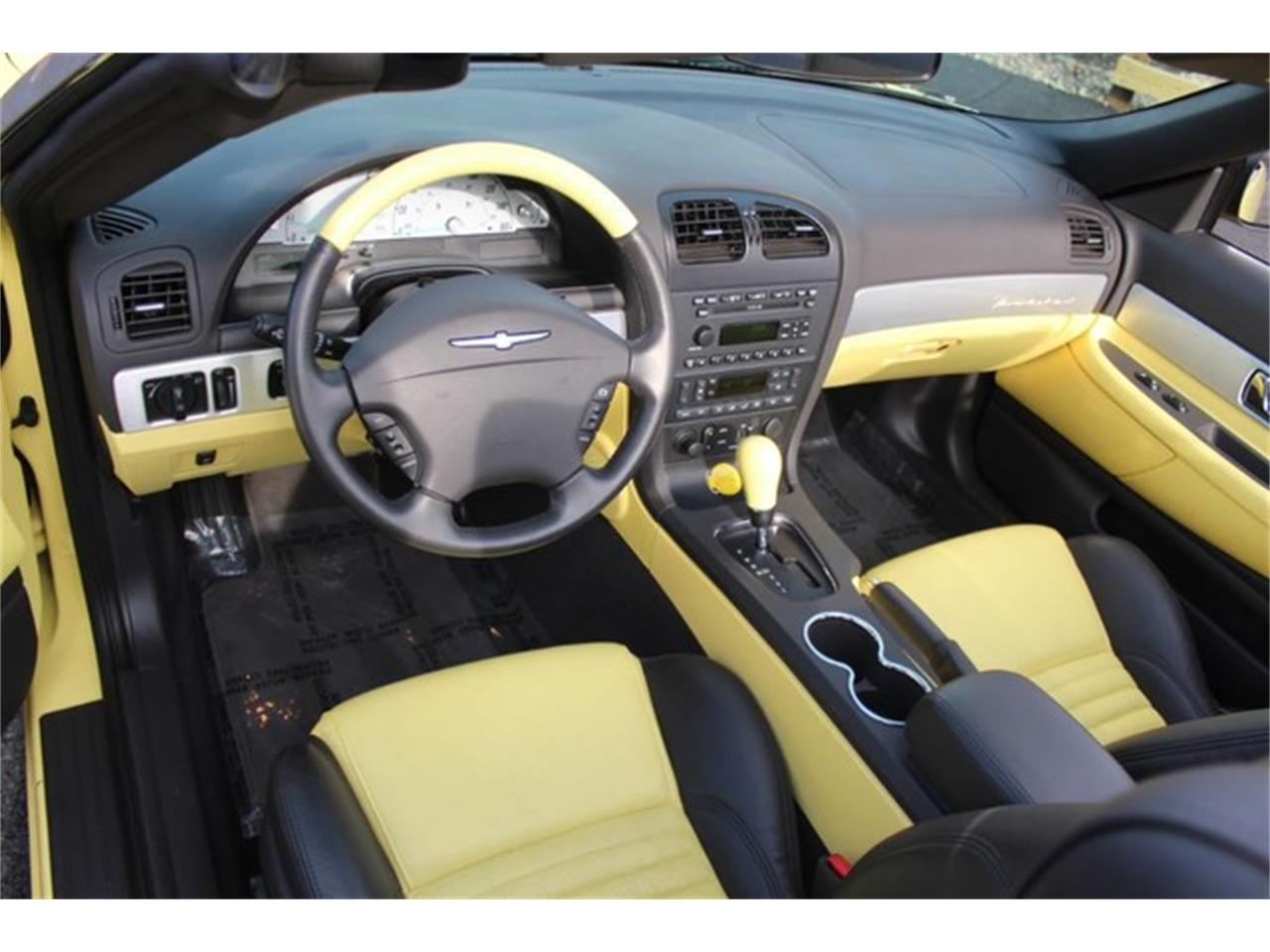 Large Picture of 2002 Ford Thunderbird - PVQ9